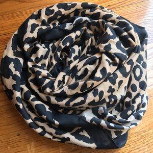 H&M leopard square scarf